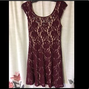 Burgundy Lace cocktail/party dress, S